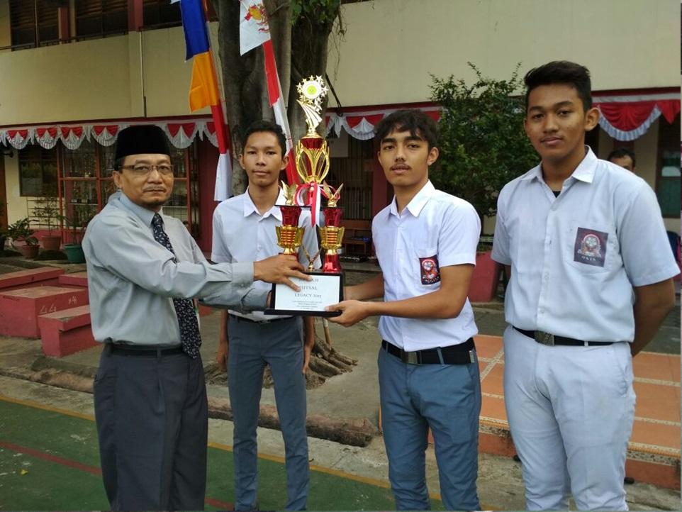 Juara 2 Futsal di SMA Labs Cibubur